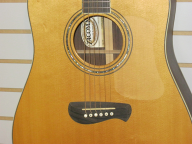 Tacoma DR 14 sound hole